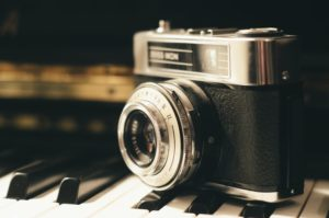 how to buy a dslr camera