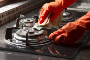 how to clean gas stove burner