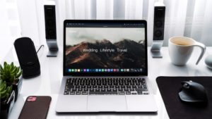 how to connect a bluetooth speaker to laptop
